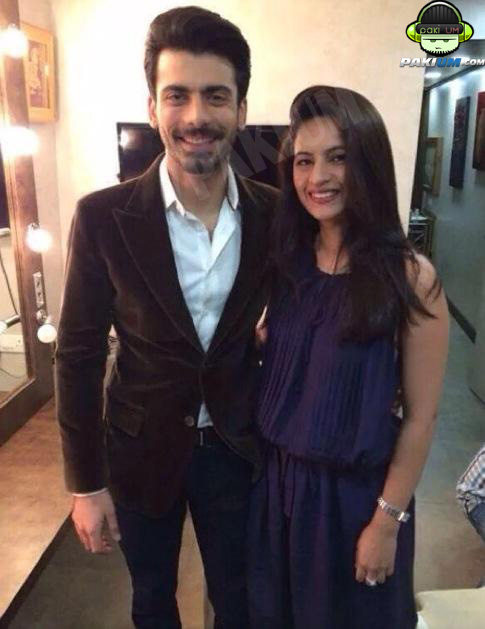 Fawad Khan with his Wife Sadaf Behind the stage of Comedy Nights with Kapil