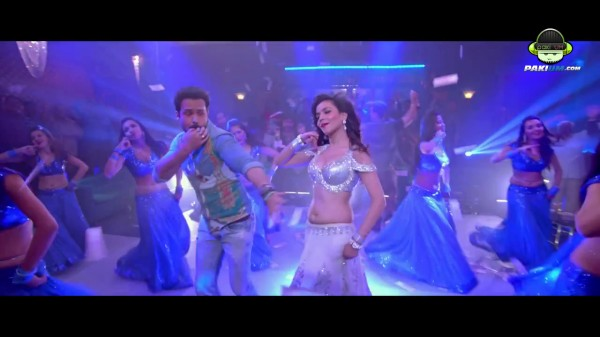 humaima malik item song in raja natwarlal