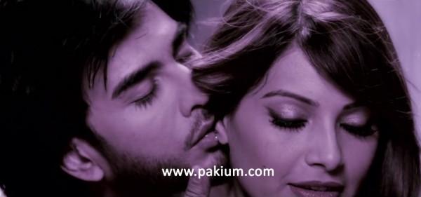 imran-abbas-kissing-bipasha-basu