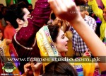 ayeza-khan-aiza-and-danish-taimoors-mayun-and-mehndi (11)