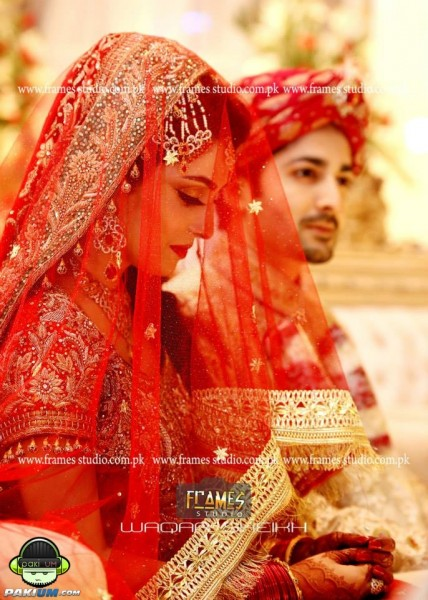 ayeza-khan-and-danish-taimoor-baraat-wedding-pictures (21)