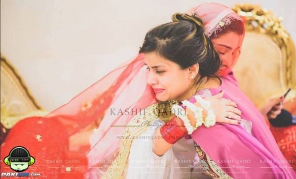 ayeza-khan-and-danish-taimoor-nikkah-pictures (3)
