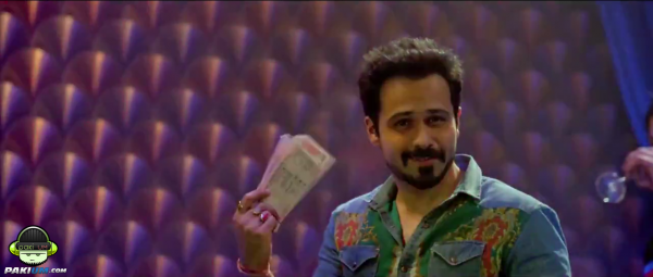 humaima-maliks-item-song-namak-paare-for-movie-raja-natwarlal (3)