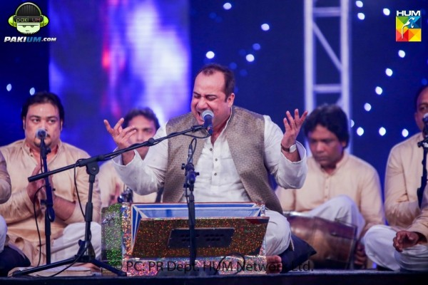 rahat-fateh-ali-khan-live-in-lahore-on-19th-september (14)
