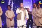 rahat-fateh-ali-khan-live-in-lahore-on-19th-september (8)