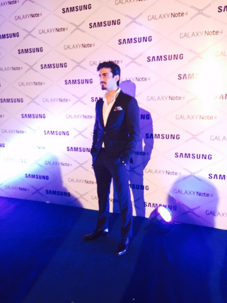 Fawad-Khan-at-Galaxy-Note-4-Launch-event