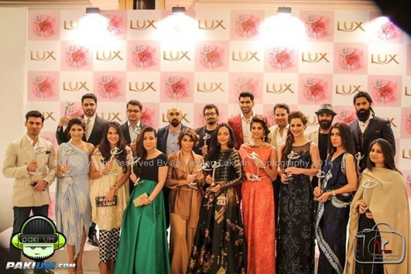 13th-lux-style-awards-2014-winners-celebrations (38)