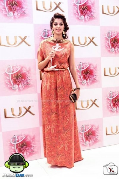 13th-lux-style-awards-2014-winners-celebrations (4)
