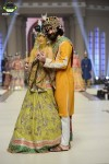 Ali-Xeeshan-Bridal-Couture-Week-2014-Lahore-Day-1 (3)