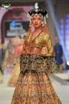 Ali-Xeeshan-Bridal-Couture-Week-2014-Lahore-Day-1 (4)
