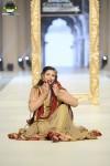 FarazMannan-Bridal-Couture-Week-2014-Lahore-Day-1 (2)