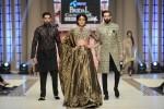 FarazMannan-Bridal-Couture-Week-2014-Lahore-Day-1 (5)