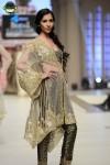 FarazMannan-Bridal-Couture-Week-2014-Lahore-Day-1 (7)