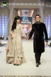 Fozia-Hammad-Bridal-Couture-Week-2014-Lahore-Day-1 (6)