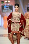 Hajra-Hayat-bridal-couture-week-2014-lahore-day-2 (2)