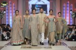 Mehdi-bridal-couture-week-2014-lahore-day-3-pictures (6)