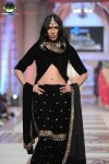 Mini-Bindra-bridal-couture-week-2014-lahore-day-3-pictures (5)