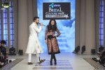 Munib-Nawaz-bridal-couture-week-2014-lahore-day-3-pictures (1)