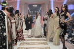 Sahar-Atif=bridal-couture-week-2014-lahore-day-3-pictures (2)