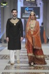 Samreen's-Closet-bridal-couture-week-2014-lahore-day-3-pictures (1)