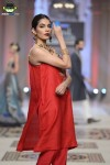 Samreen's-Closet-bridal-couture-week-2014-lahore-day-3-pictures (3)