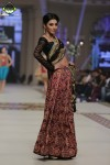Teena-By-Hina-Butt-bridal-couture-week-2014-lahore-day-2 (4)