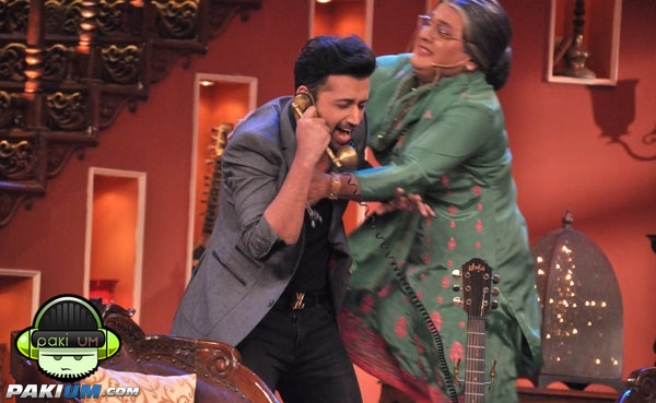 atif-aslam-in-comedy-nights-with-kapil (1)