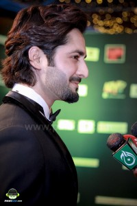 Jalaibee-RedCarpet-Premiere-Karachi (13)