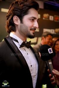 Jalaibee-RedCarpet-Premiere-Karachi (15)