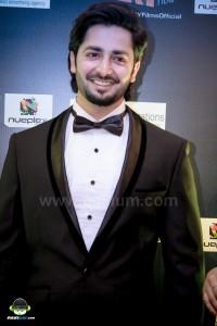 Jalaibee-RedCarpet-Premiere-Karachi (20)