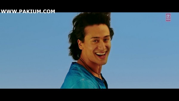 atif-aslam-zindagi-aa-raha-hoon-main-official-video (14)