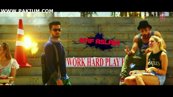 atif-aslam-zindagi-aa-raha-hoon-main-official-video (6)