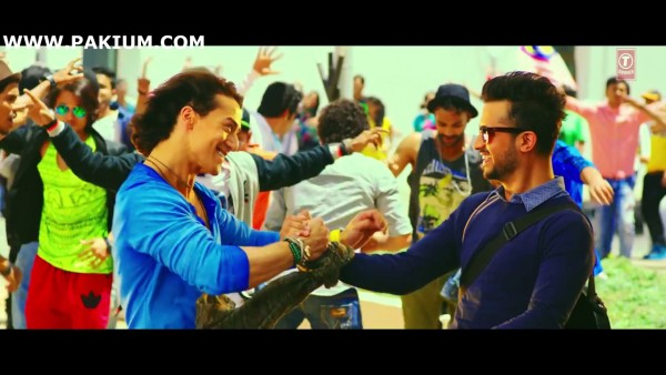atif-aslam-zindagi-aa-raha-hoon-main-official-video (7)