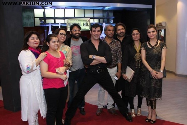 grand-premier-of-film-wrong-number-in-karachi (26)