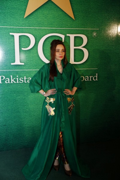 pakistani-showbiz-stars-attend-the-launch-of-pakistan-super-league (2)