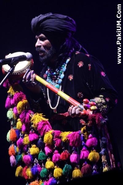 sain-zahoor-performed-in-warsaw-poland-at-skrzyzowanie-kultur-festival (16)