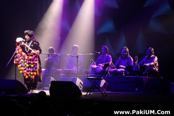 sain-zahoor-performed-in-warsaw-poland-at-skrzyzowanie-kultur-festival (28)