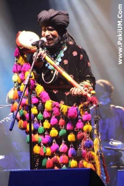 sain-zahoor-performed-in-warsaw-poland-at-skrzyzowanie-kultur-festival (33)