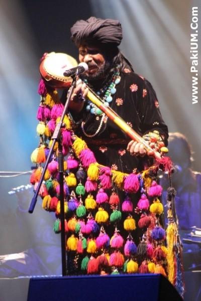 sain-zahoor-performed-in-warsaw-poland-at-skrzyzowanie-kultur-festival (34)