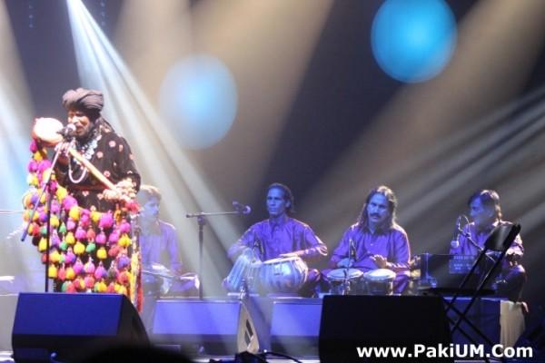 sain-zahoor-performed-in-warsaw-poland-at-skrzyzowanie-kultur-festival (37)