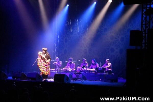 sain-zahoor-performed-in-warsaw-poland-at-skrzyzowanie-kultur-festival (41)