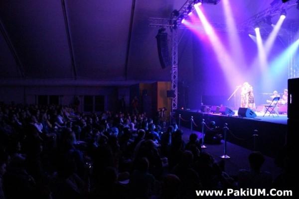 sain-zahoor-performed-in-warsaw-poland-at-skrzyzowanie-kultur-festival (44)