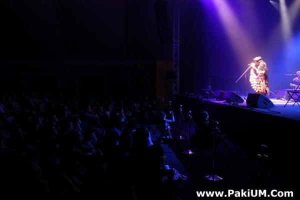 sain-zahoor-performed-in-warsaw-poland-at-skrzyzowanie-kultur-festival (49)