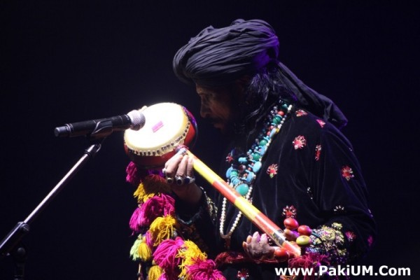 sain-zahoor-performed-in-warsaw-poland-at-skrzyzowanie-kultur-festival (6)