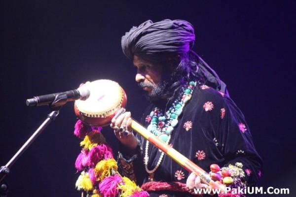 sain-zahoor-performed-in-warsaw-poland-at-skrzyzowanie-kultur-festival (7)