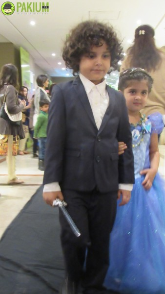 kids-fashion-show-organized-at-fortress-square-lahore-on-18th-dec-2015 (13)