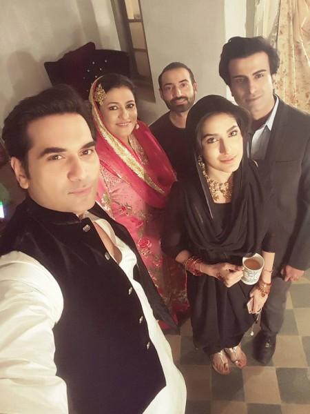 humayun saeed with mehwish hayat, saba hameed in new drama