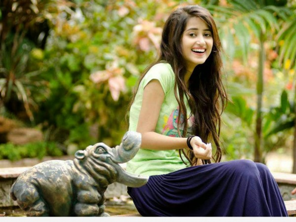Sajal Ali candid shoot