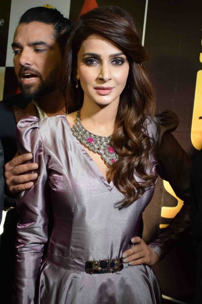 star-studded-premieres-for-lahore-se-aagey-held-nation-wide-3